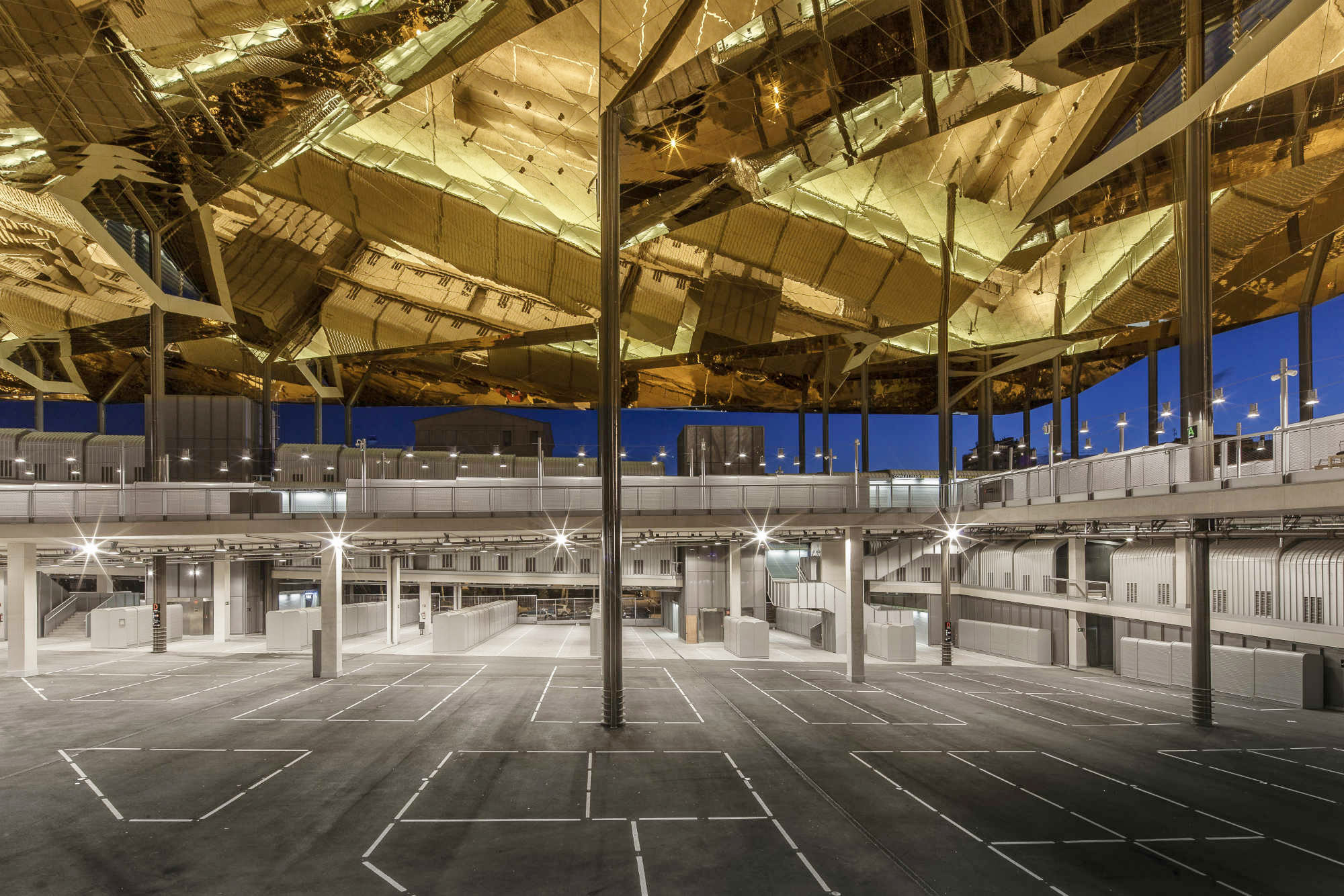 barcelona market, public space,architecture, mirrors, glories, b720 Architetcs, fermin vazquez, rafaelvargas photo