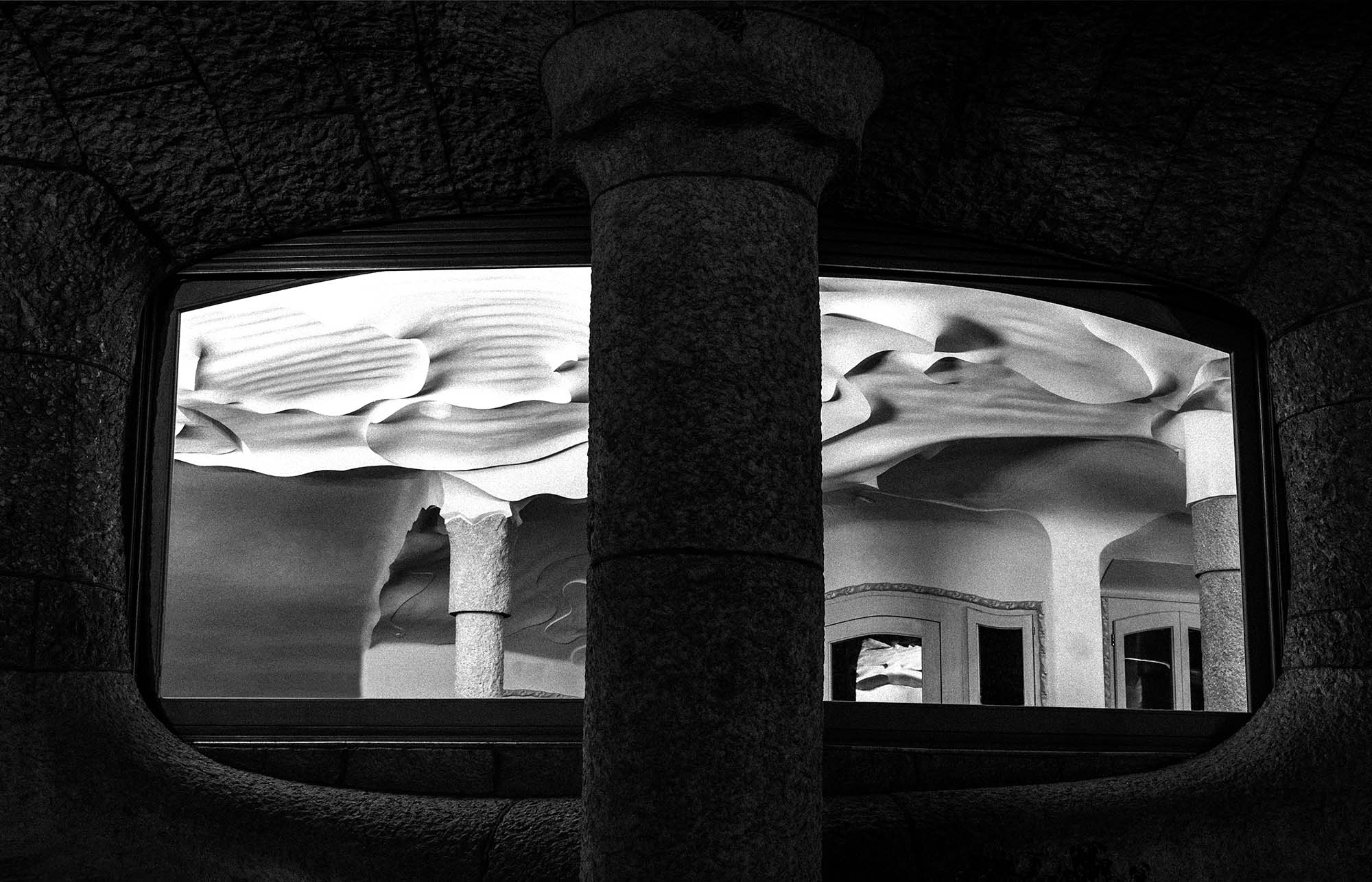 Views of a stone sea,gaudí,jujol,lapedrera