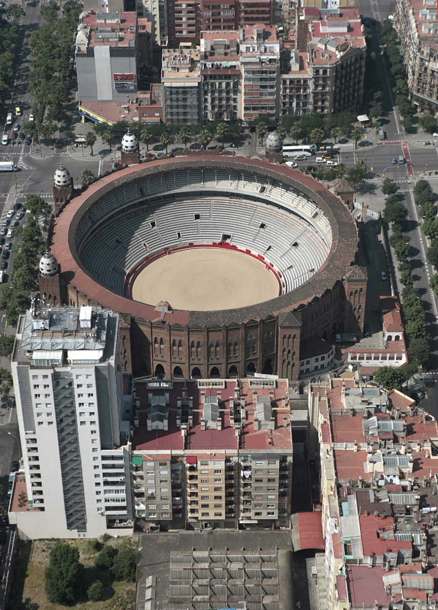 Plaza de toros Monumental,Bullring fron the sky