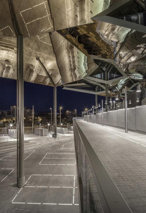 NOU MERCAT DELS ENCANTS,Barcelona
