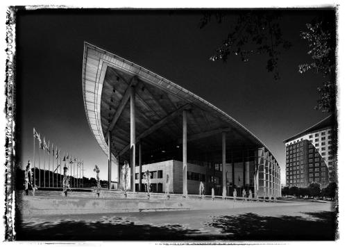valencia,the Congress Hall by Norman Foster